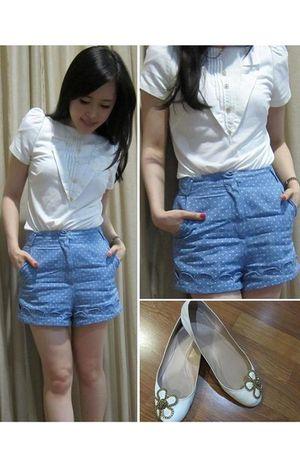 white Kloset top - blue Kloset shorts - white Chloe shoes