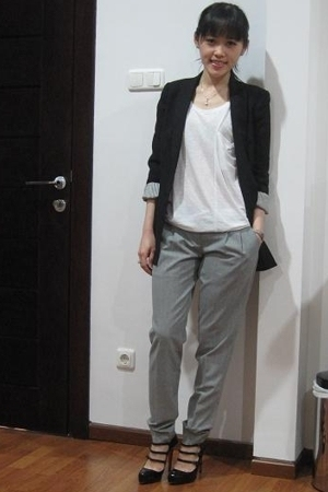 Zara blazer - Helmut Lang t-shirt - tailored pants - Christian Louboutin shoes