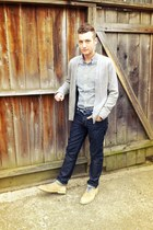 heather gray cashmere Gap cardigan - beige suede Cole Haan shoes