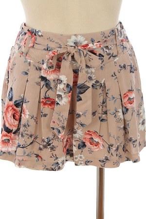 michal  zoe shorts