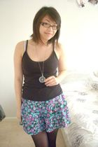 black Uniqlo intimate - blue Topshop jeans - gray handmade by me necklace