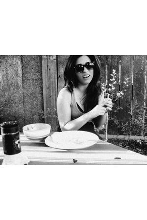 gray Aritzia blouse - black La Senza bra