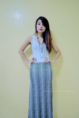 maxi skirt skirt - top - silver accessories