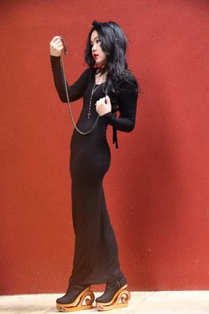 black KNT dress - black kalika wedges
