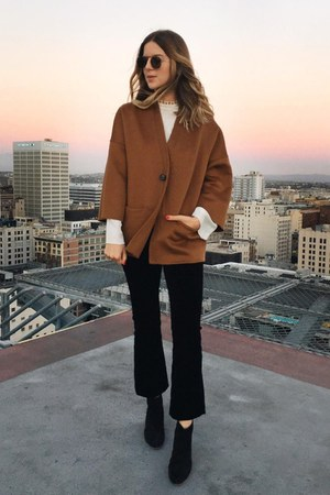 brown felt Rosetta Getty jacket - black leather vince boots