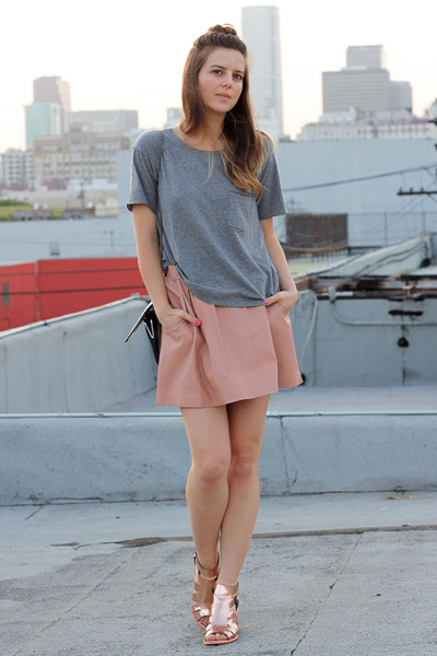 light pink leather One Teaspoon skirt