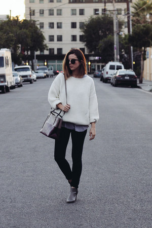 knit Line and Dot sweater