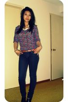 jeans - blouse - boots - belt