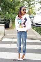 blue Express jeans - white vintage sweater - white Mango heels