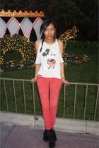 red Lee jeans - ivory vintage t-shirt