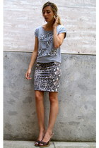 silver chicnova t-shirt - silver chicnova earrings - camel H&M skirt