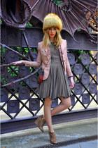 off white vintage hat - light brown Mango dress