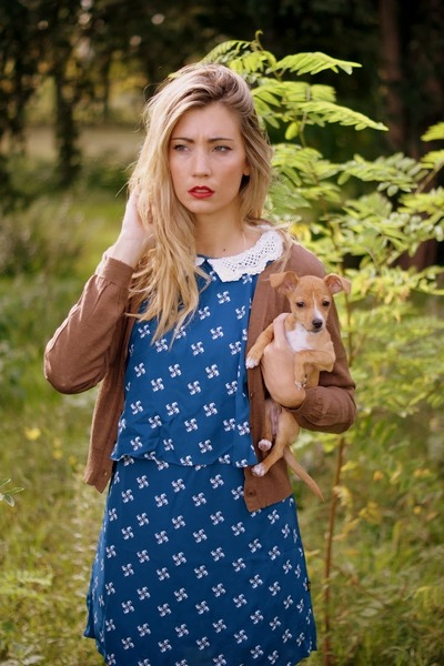 brown nowIStyle cardigan - blue Titisclothing dress