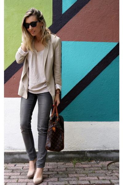 beige Zara blazer - heather gray Zara jeans