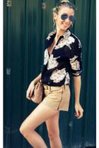 PERSUNMALL blouse - Zara bag - etxart et panno shorts
