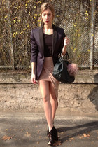 neutral MINUSEY skirt - dark gray Hugo Boss blazer - teal liu jo bag