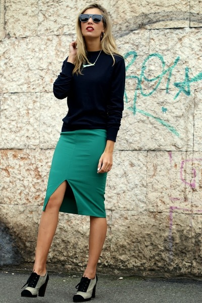 green nowIStyle skirt - charcoal gray zeroUV sunglasses - navy Gucci jumper