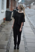 choker Nelly necklace - leather COS shoes - H&M blouse