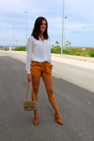 burnt orange Zara shorts - mustard purificación garcía bag - tawny Zara heels