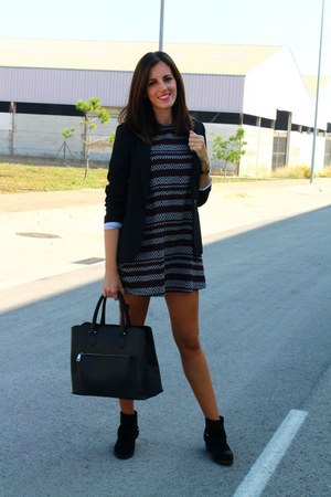 black Mango boots - Zara dress - black pull&bear blazer - black Zara bag
