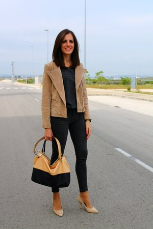 camel Mango jacket - dark gray Pull & Bear jeans - gray Mango shirt - Zara bag