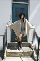 beige littlewods cardigan - black H&M hat