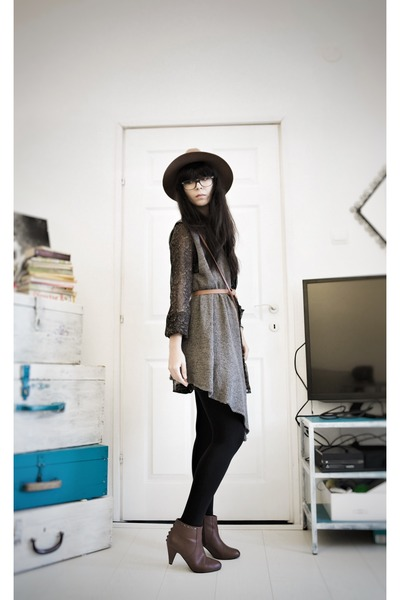 hm boots - New Yorker dress - hm hat - hm vest - hm stockings - reserved belt