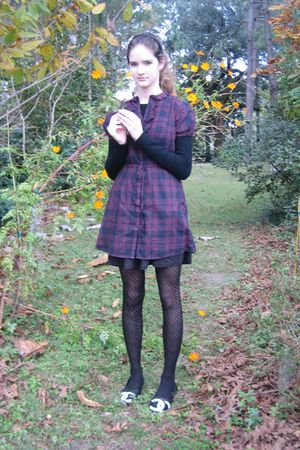 Converse dress - Chanel shoes - Betsey Johnson tights - Billabong skirt