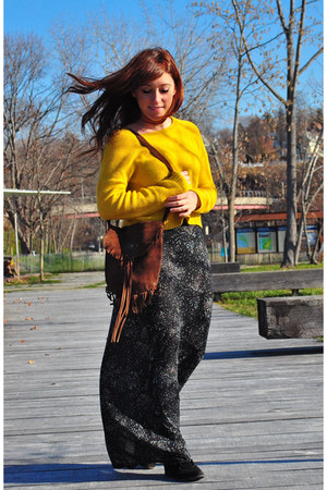 navy maxi Urban Outfitters skirt - black Old Navy boots
