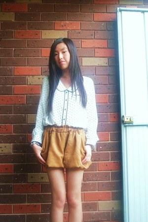 Japan bought shorts - Japan bought blouse