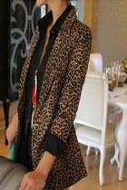 Mikkis Fashions blazer