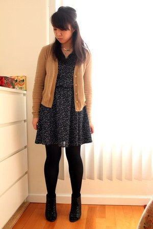 navy H&M dress - camel Urban Outfitters cardigan - black vera wang wedges