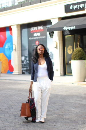 navy oversized Zara blazer - white American Apparel bodysuit