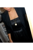 Zara blazer - vintage necklace - Malene Birger