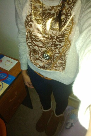 Forever21 sweater - Nine West boots - bench jeans - Genevieve necklace
