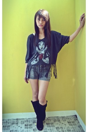 black Forever 21 blouse - black boots - dark gray shorts