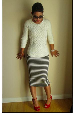 heather gray DIY skirt - cream H&M sweater - ruby red Steve Madden pumps