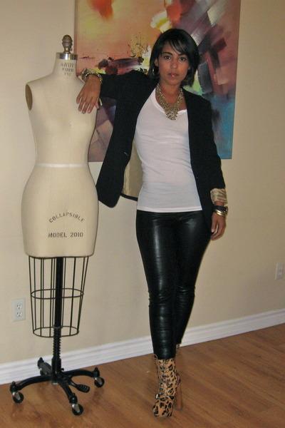 white leopard boots Steve Madden boots - black black blazer Forever 21 blazer