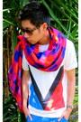 Red-louis-vuitton-scarf-dark-brown-louis-vuitton-sunglasses