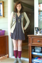 thrifted vest - mossimo supply co boots - Exhilaration dress