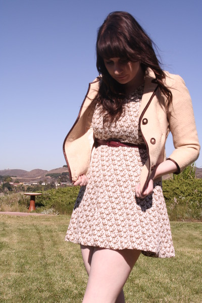 beige vintage jacket - white vintage dress - brown thrifted belt