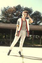 red kelseys sweatband accessories - gray shirt - white my friend pensudars cardi