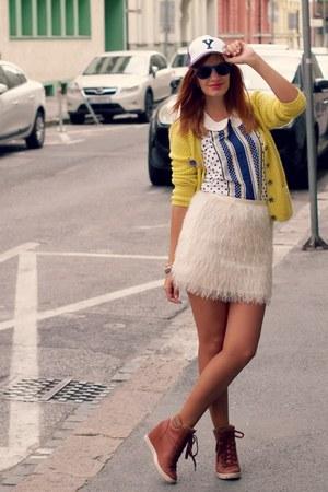 H&M skirt - Terranova hat