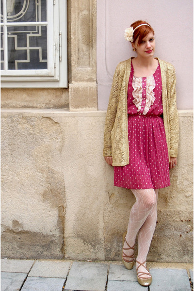 polka dots Koton dress - gold sparkle Zara flats