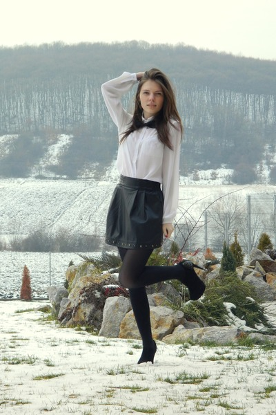 white cute Mango shirt - black leather skirt Stradivarius skirt