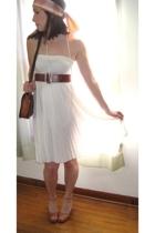 vintage scarf - vintage belt - Miskabelle vintage dress - vintage purse - vintag