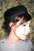 vintage hat - vintage blouse