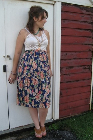 MIskabelle top - MIskabelle skirt - sam edelman shoes