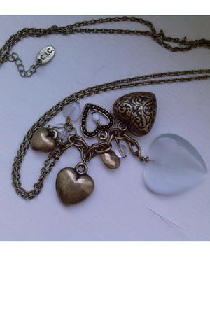 Takko necklace