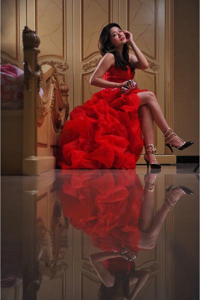 red Msdressy dress - black Autumn Skye heels